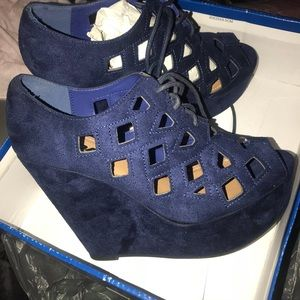 *BRAND NEW* Suede Blue Wedges